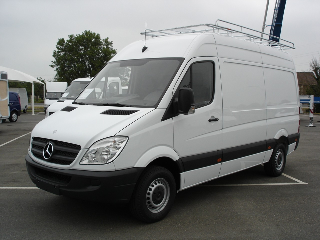 galerie utilitaire en acier pour mercedes sprinter 37s move equipment. Black Bedroom Furniture Sets. Home Design Ideas