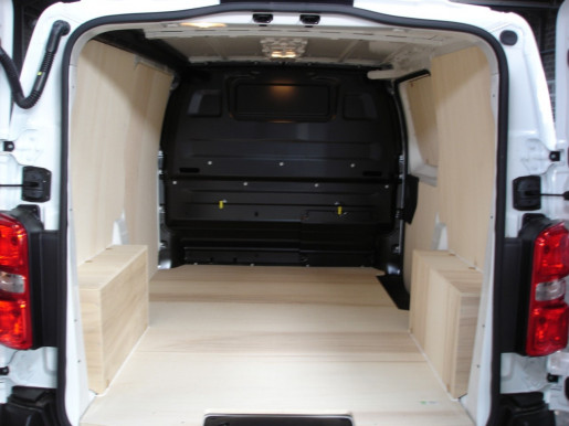 Amenagement Vehicule Utilitaire Pour Mercedes Vito Long Move Equipment